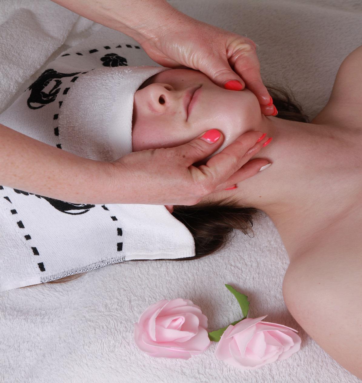 Zapraszam na masaż twarzy